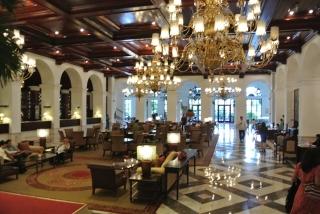 Manila Hotel Lobby (2)
